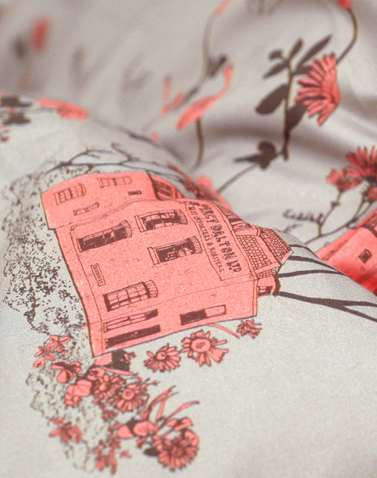 Woodlands Bed Linen Brown Pink Close Up: country  by Sian Zeng, Country