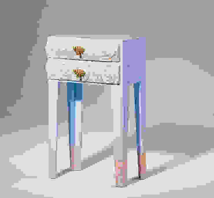 Petite commode ciel bleu van George van Engelen Design Mediterraan
