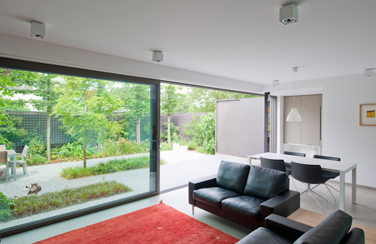 Modern living room by das - design en architectuur studio bvba Modern
