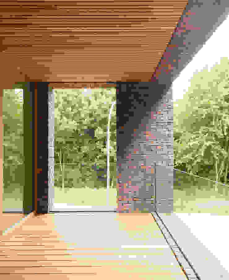 H118 Moderne balkons, veranda's en terrassen van das - design en architectuur studio bvba Modern