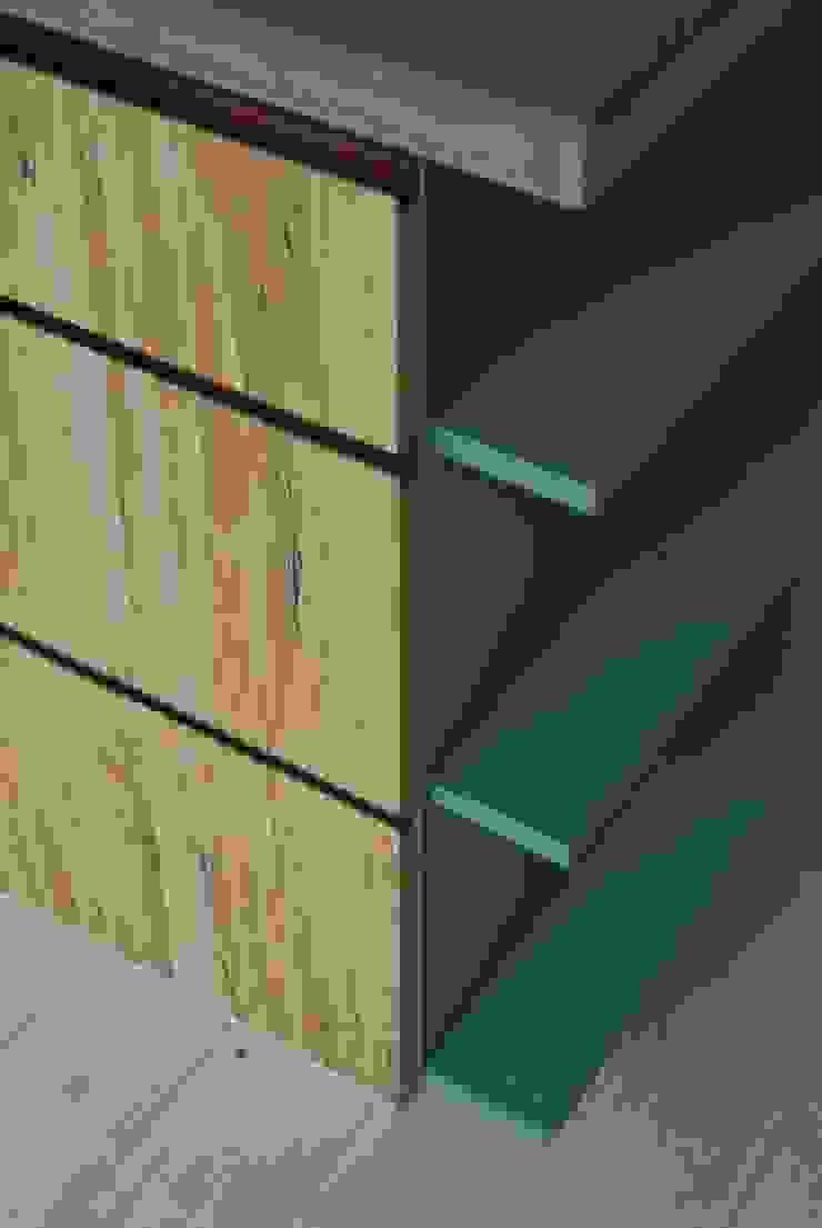 keuken: modern  door fingerprint furniture, Modern