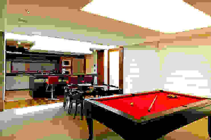 Modern dining room by 4D Arquitetura Modern