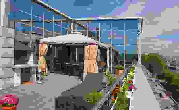 Терраса.Барбекью. Балкон и терраса в классическом стиле от KRAUKLIT VALERII Классический
