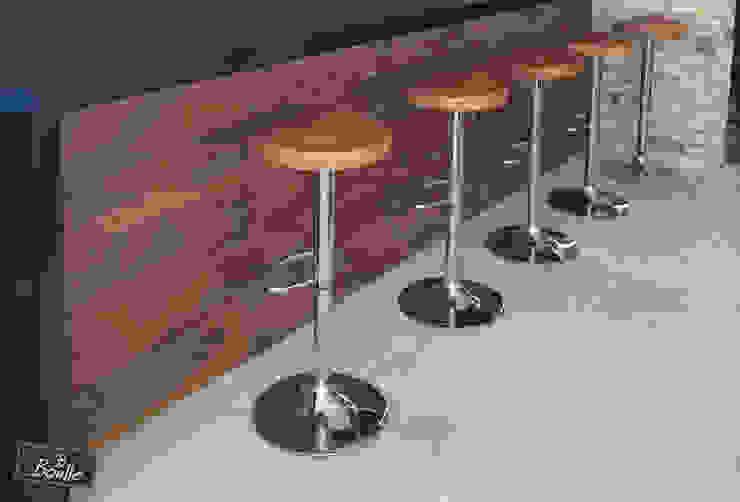 Banquetas em madeira maciça e pés cromados por Boulle Moderno