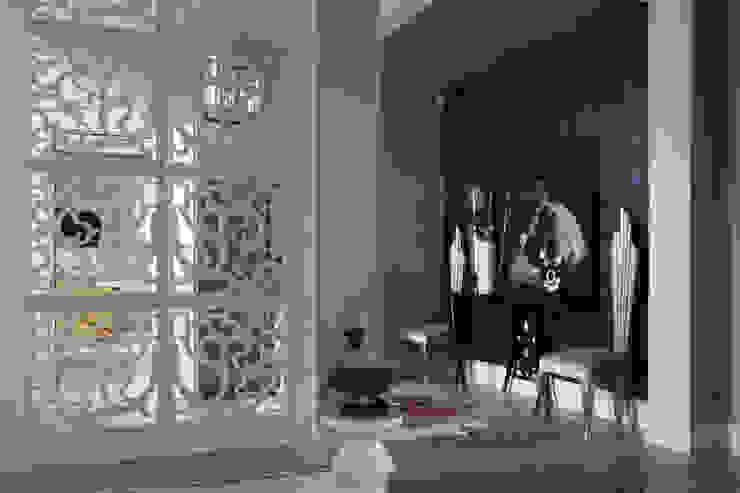 Roberts Design Ingresso, Corridoio & Scale in stile eclettico