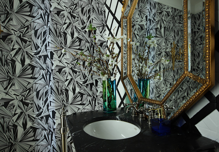 Roberts Design Eclectic style bathroom