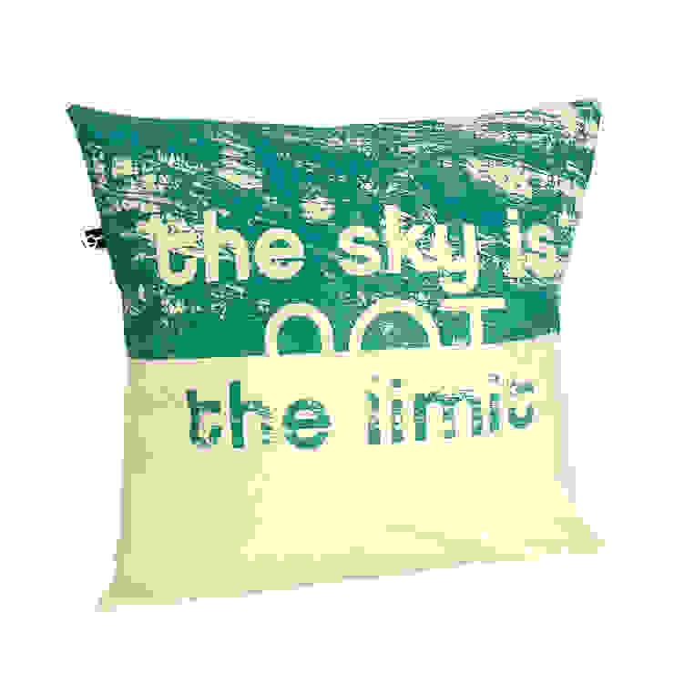 http://maqudesign.com/poduszki-dekoracyjne/z-napisami: styl , w kategorii  zaprojektowany przez MAQUDESIGN,Minimalistyczny