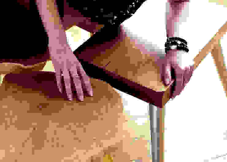 Stołki GOAT STOOL - SILVER od D2 Studio Skandynawski