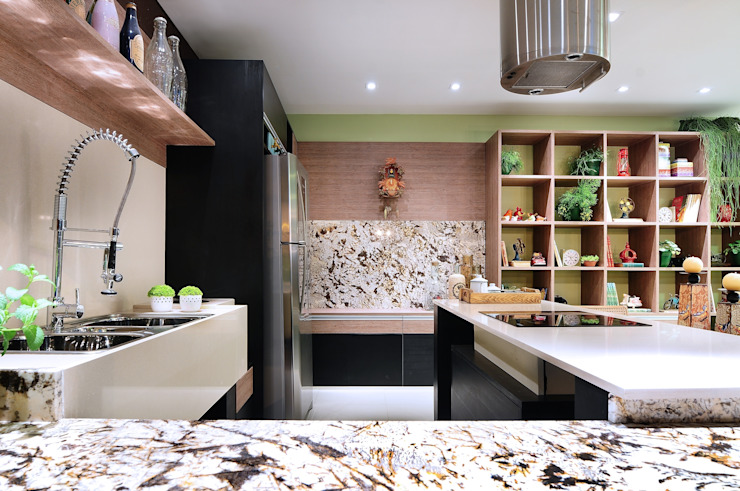 COZINHA DA FAMÍLIA Cozinhas ecléticas por Adriana Scartaris: Design e Interiores em São Paulo Eclético