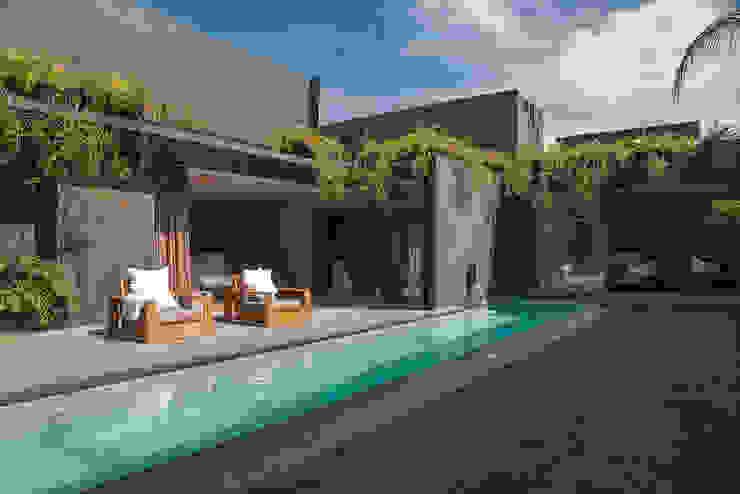 Casa Barrancas Piscinas de estilo minimalista de Ezequiel Farca Minimalista