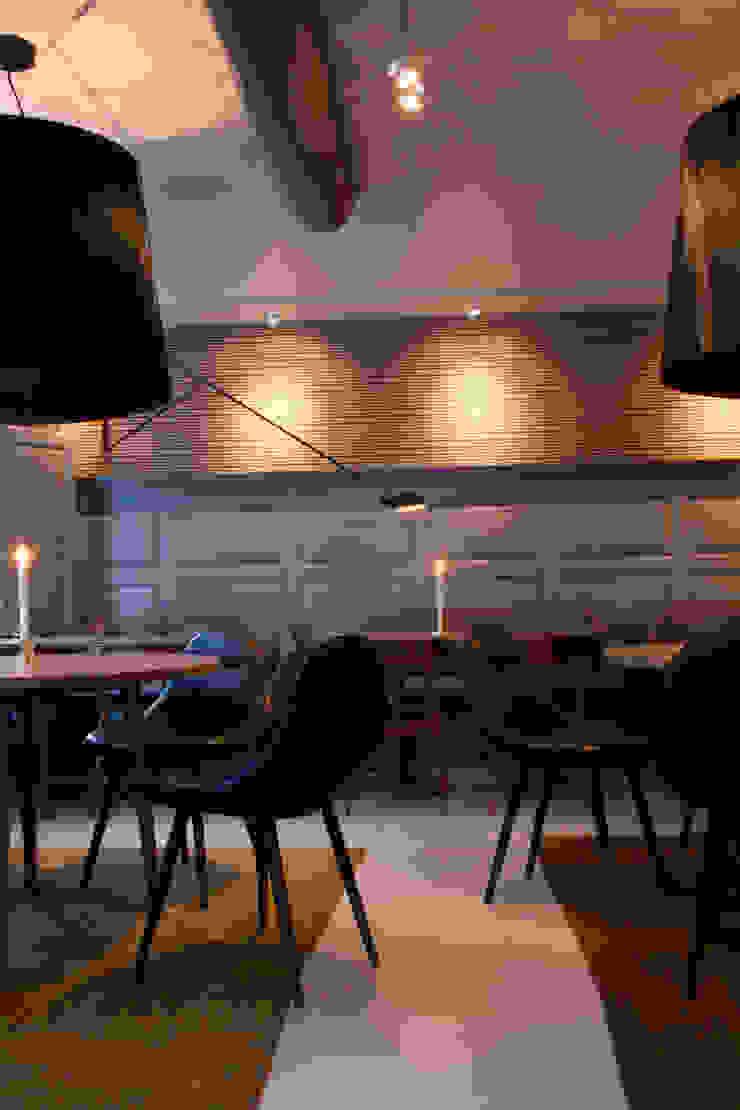 Meike Moderne eetkamers van Label | van den Berg Modern