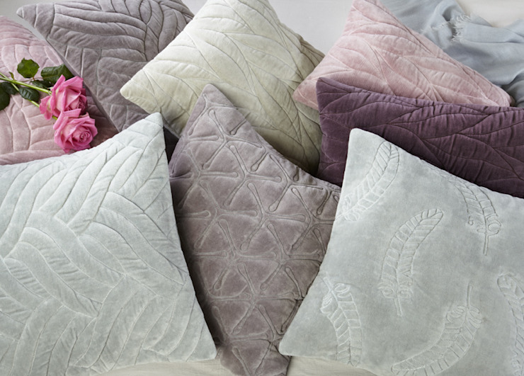 Quilted Cushion Collection od Nitin Goyal London Nowoczesny
