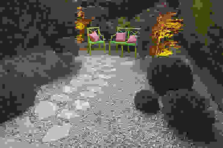Jardins ecléticos por silvia delpiano studio e progettazione giardini Eclético