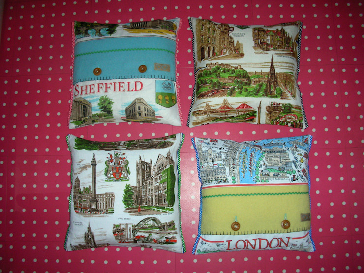 City themed cushions: eclectic  by Random Makes, Eclectic