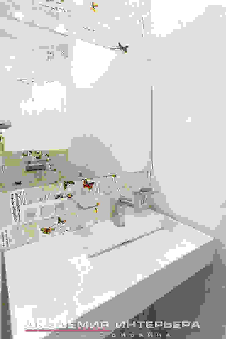 ЖК <q>Берег</q> (квартира площадью 114,5 кв. м.) Ванная комната в стиле минимализм от Светлана ковальчук Дизайн студия 'Академия Интерьера' Минимализм