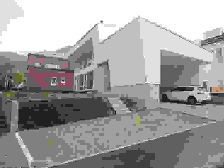 Modern Houses by 一級建築士事務所 アーカイヴ Modern