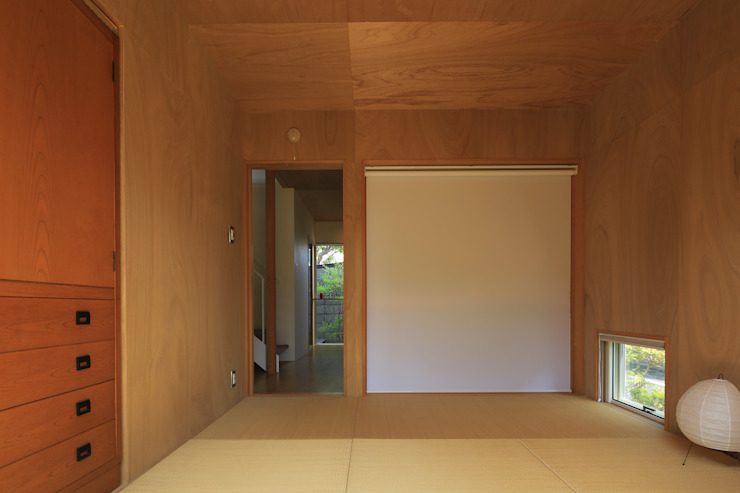 Eclectic style bedroom by 早田雄次郎建築設計事務所/Yujiro Hayata Architect & Associates Eclectic