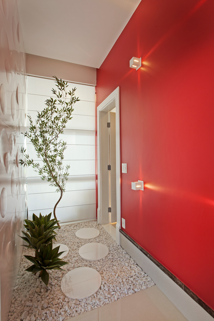 Casa Flora Corredores, halls e escadas modernos por Arquiteto Aquiles Nícolas Kílaris Moderno