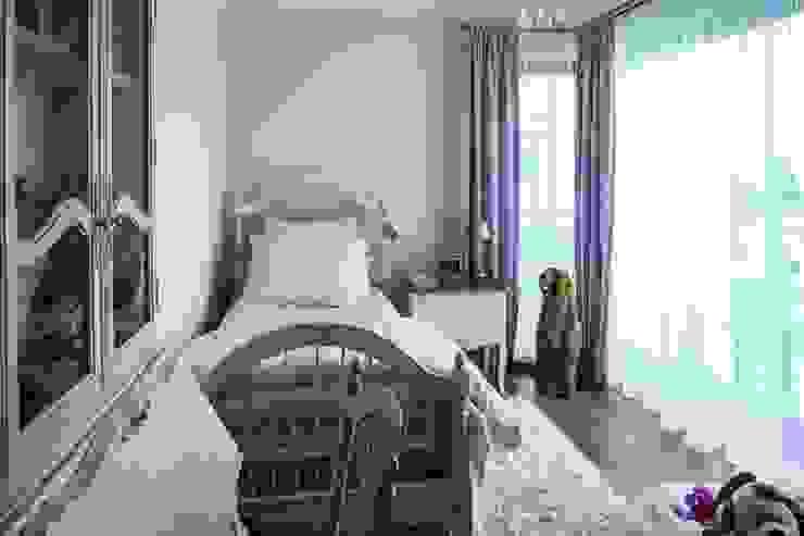 Classic style nursery/kids room by RS Studio Projektowe Roland Stańczyk Classic