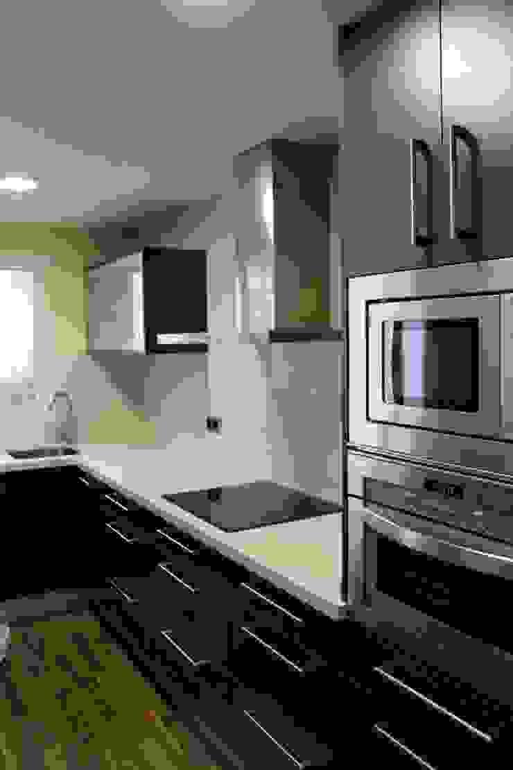 Reforma de cocina 01 Cocinas de estilo moderno de River Cuina Moderno