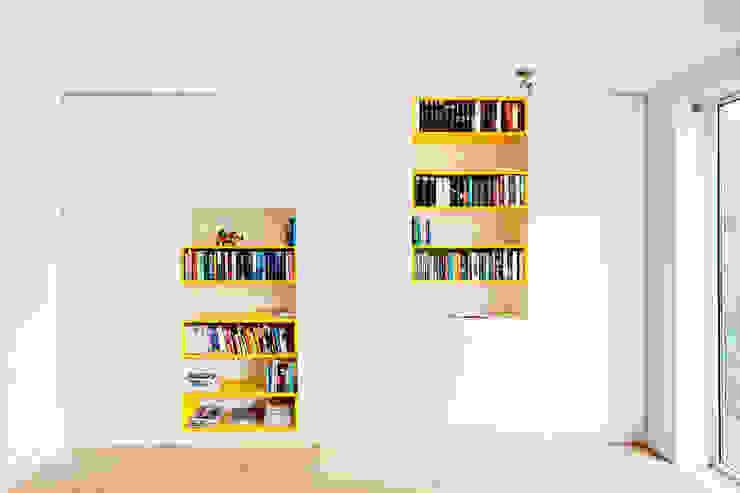 Cabinet od Atelier 010 Nowoczesny