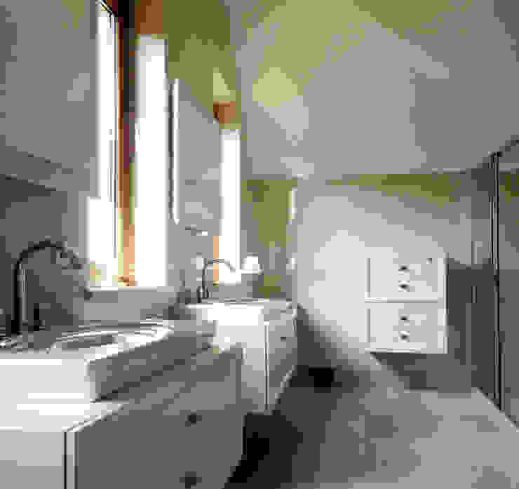 Архитектурное бюро Киев 衛浴座椅