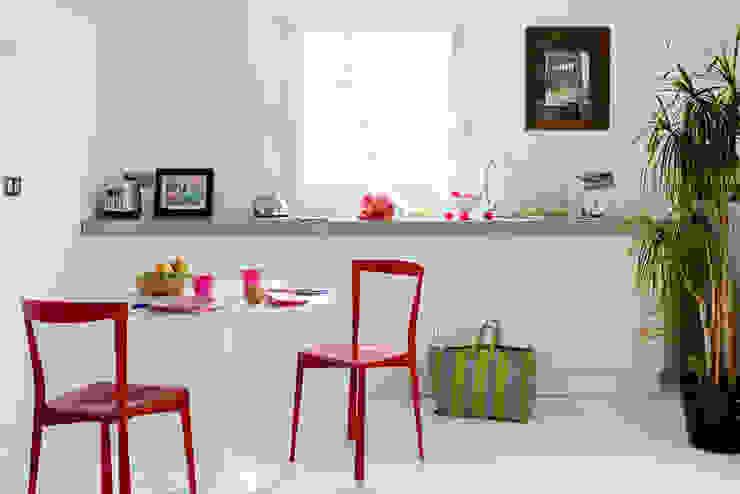 Cocinas de estilo minimalista de Loftsdesign Minimalista