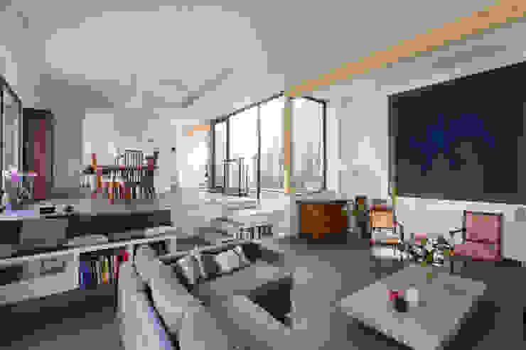 agence MGA architecte DPLG Salas de estilo moderno