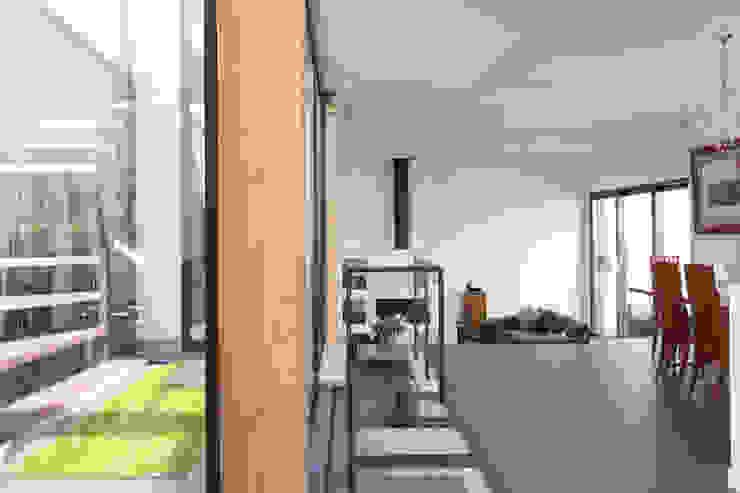 en coeur d'ilôt agence MGA architecte DPLG Maisons minimalistes
