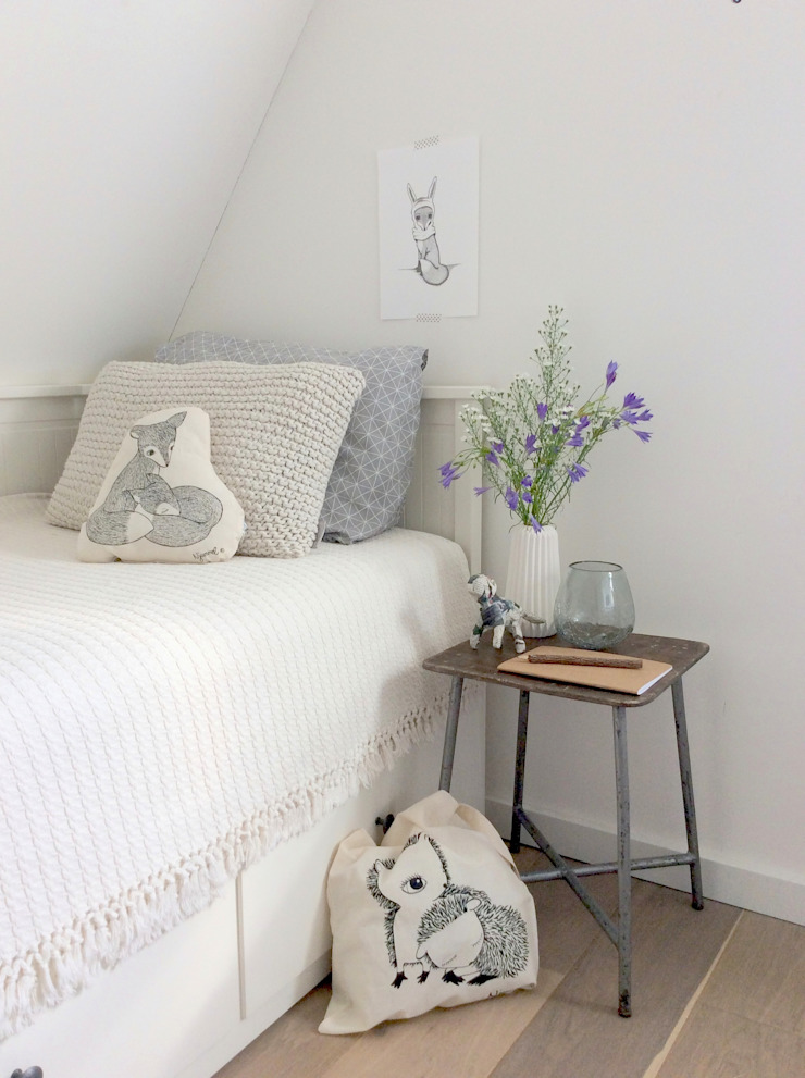 Country style bedroom by Njummel Country