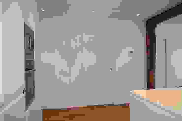 Modern Corridor, Hallway and Staircase by ERRASTI Modern
