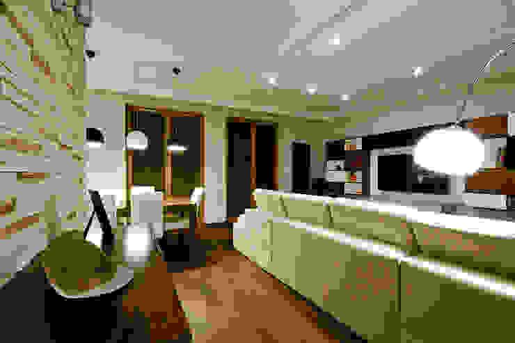 Mieszkanie na Mokotowie Nowoczesny salon od ZAWICKA-ID Projektowanie wnętrz Nowoczesny