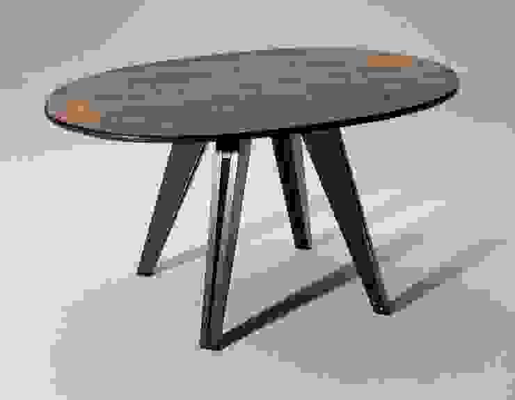 Tafel Geertsema van George van Engelen Design Scandinavisch
