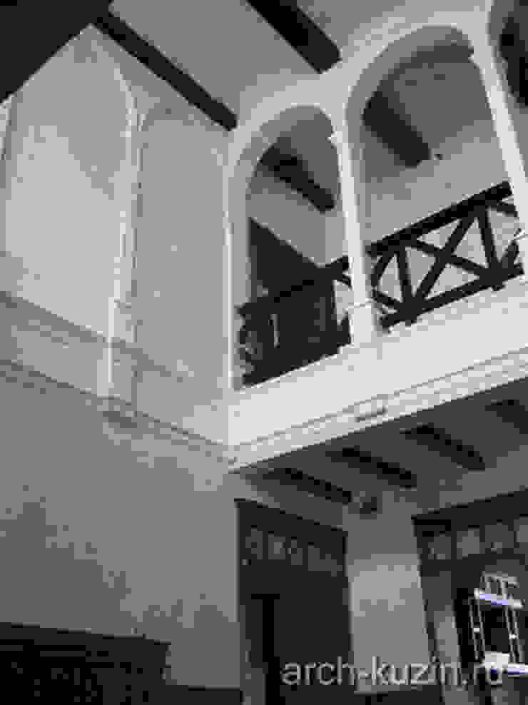 Коттедж под Троицком Коридор, прихожая и лестница в эклектичном стиле от Архитектор Михаил Кузин Эклектичный