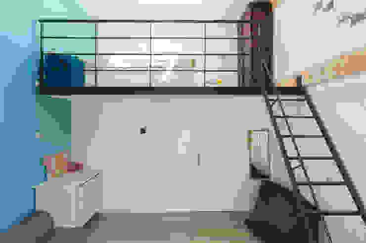 agence MGA architecte DPLG Cuartos infantiles de estilo industrial