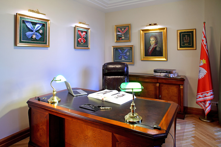 Słoneczny Mokotów Klasyczne domowe biuro i gabinet od RS Studio Projektowe Roland Stańczyk Klasyczny