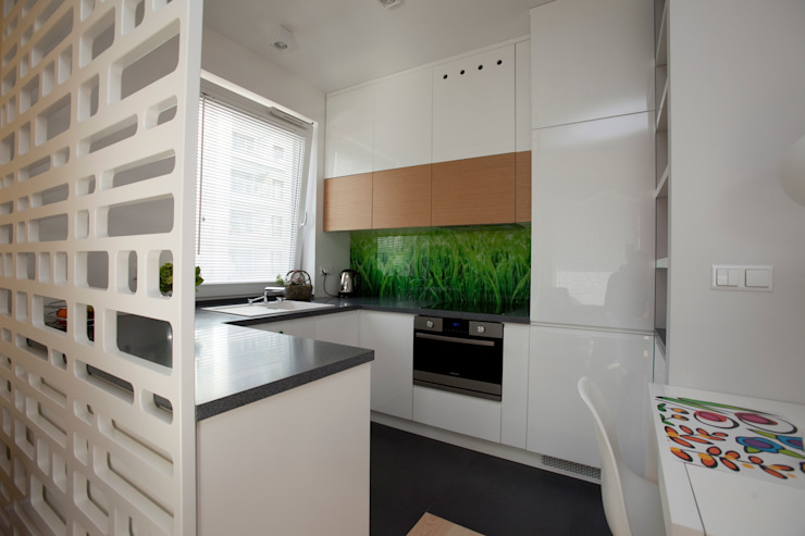 Mieszkanie dla Pani Doktor Skandynawska kuchnia od ZAWICKA-ID Projektowanie wnętrz Skandynawski
