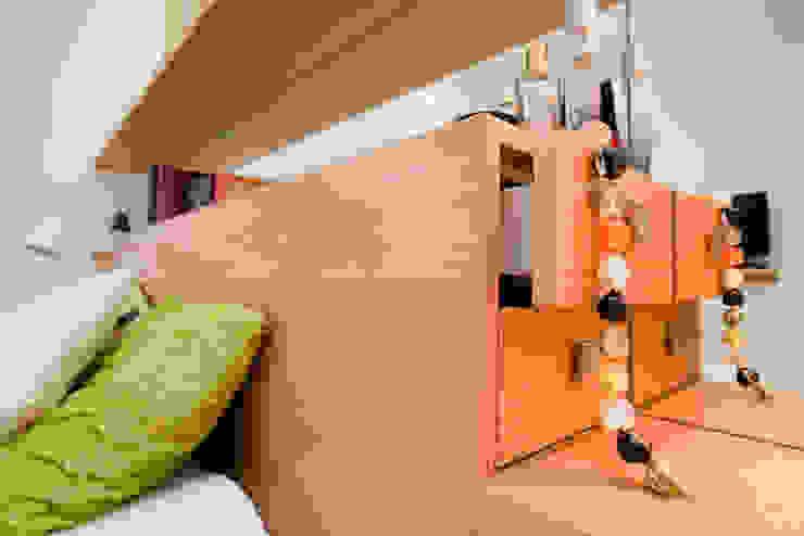 Mieszkanie dla Pani Doktor: styl , w kategorii  zaprojektowany przez ZAWICKA-ID Projektowanie wnętrz,Minimalistyczny