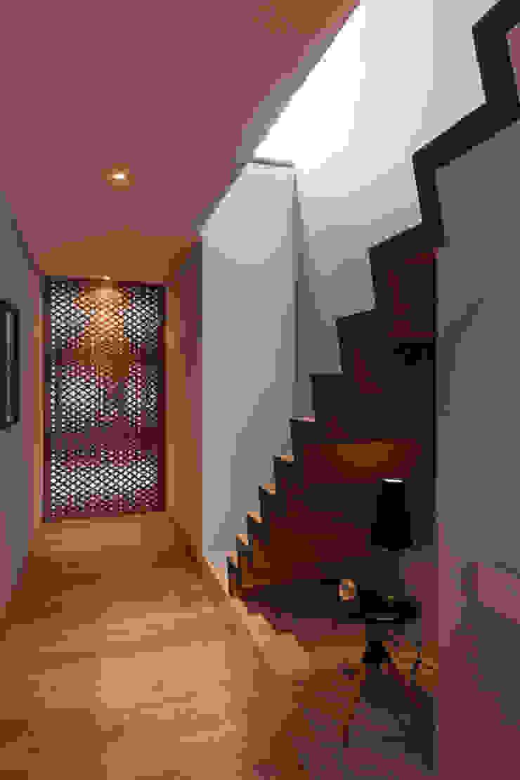 PH Andersen Faci Leboreiro Arquitectura Pasillos, vestíbulos y escaleras modernos