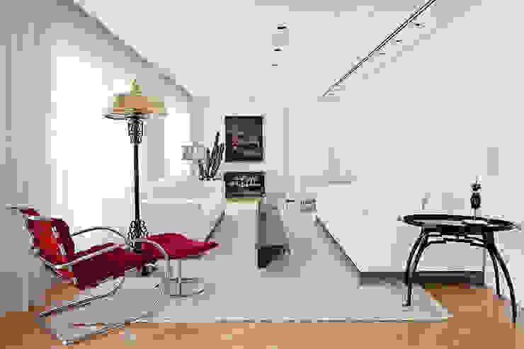 sala de estar Salas de estar ecléticas por korman arquitetos Eclético
