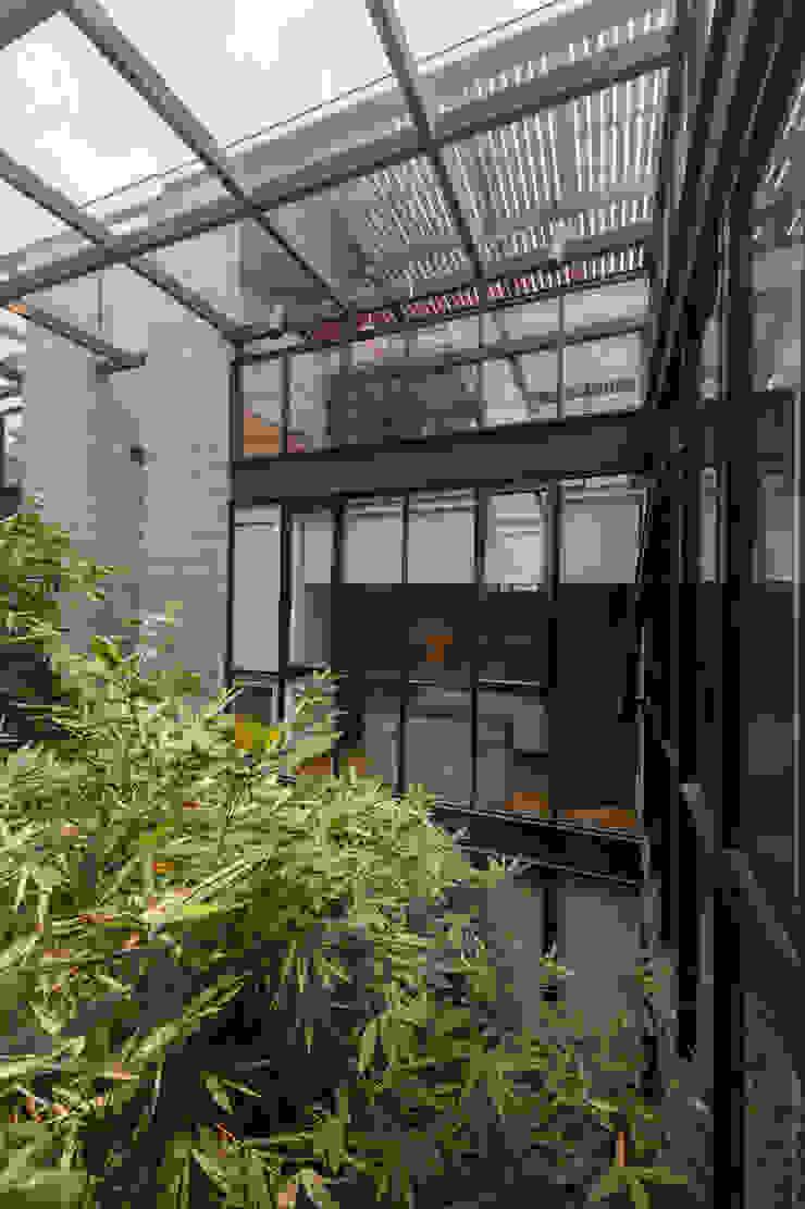 PH Andersen Puertas y ventanas modernas de Faci Leboreiro Arquitectura Moderno