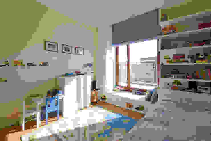Apartament w Wilanowie Śródziemnomorski pokój dziecięcy od ZAWICKA-ID Projektowanie wnętrz Śródziemnomorski