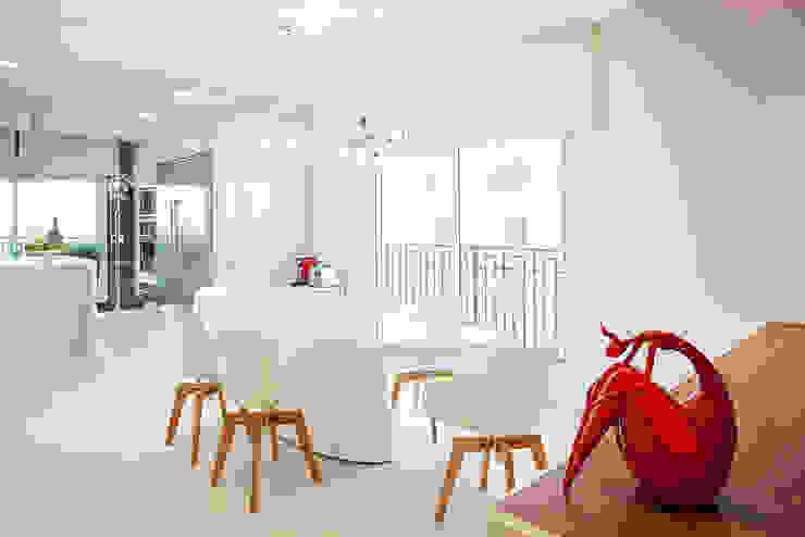 Cocinas de estilo  por korman arquitetos, Moderno