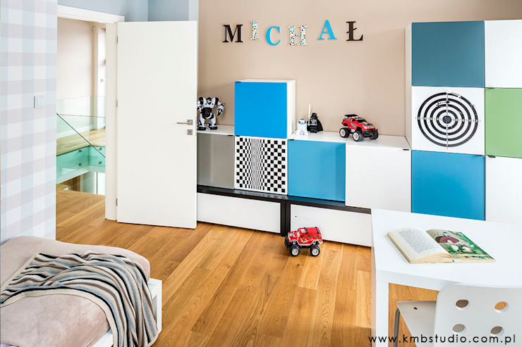 dom Kryspinów Nowoczesny pokój dziecięcy od kmb studio Nowoczesny