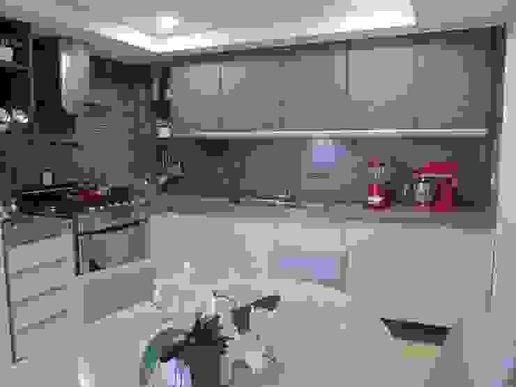 Apartamento de 210m² Cozinhas modernas por unacasa arquitetura Moderno