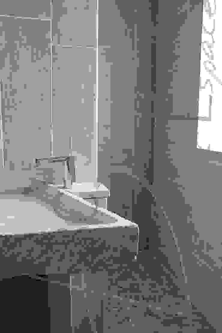 Eklektyczna łazienka od ABC Design d'Espace Eklektyczny