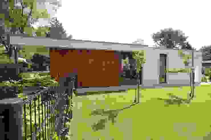 Modern houses by Ariens cs, Architecten & Ingenieurs Modern