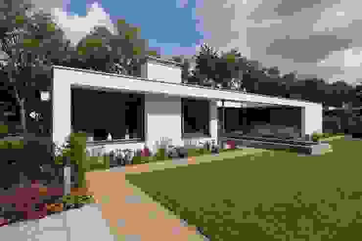 Verbouw bungalow Son Moderne huizen van Ariens cs, Architecten & Ingenieurs Modern