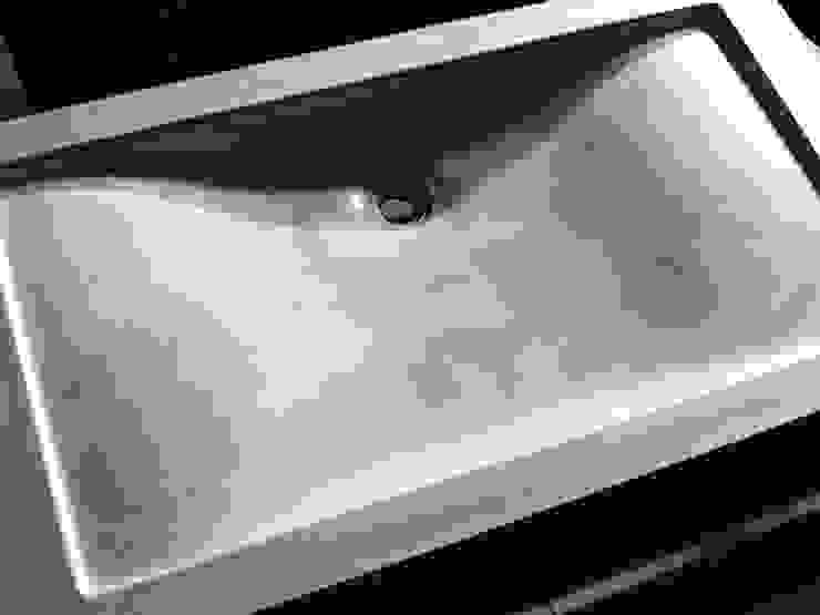 Concrete Wave Sink de Forma Studios Minimalista