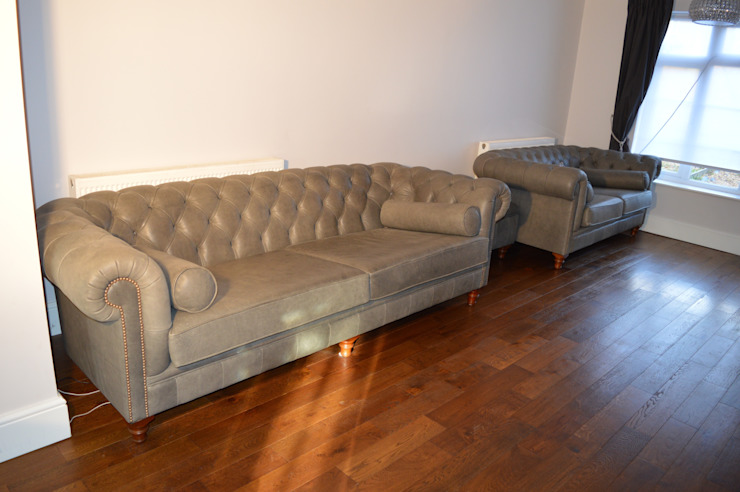 Bespoke Chesterfield sofas: classic  by Chandler Upholstery, Classic